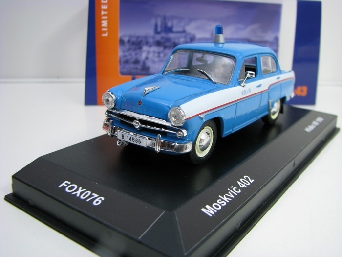 Moskvitch 402 Hlídka VB 1956 1:43 Ixo FoxToys
